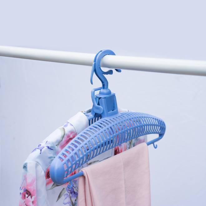 UPP Airer and Wind-Safe Hangers